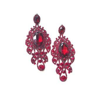 Jewelry - Ruby red rhinestone earrings
